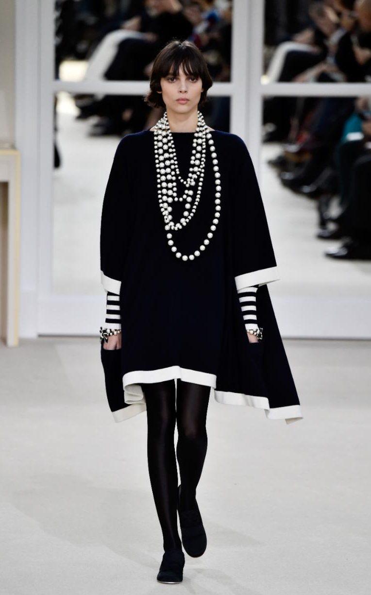 Confira o desfile de inverno Chanel 2017